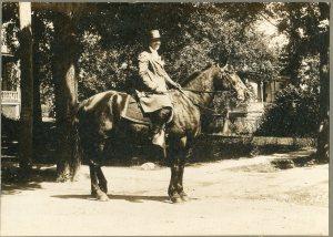 Annie Laurie Williams, 1914
